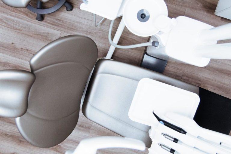 Profesjonalnie wykonane implanty uzębienia